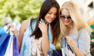 iconia-cubos-centro-comercial-compras