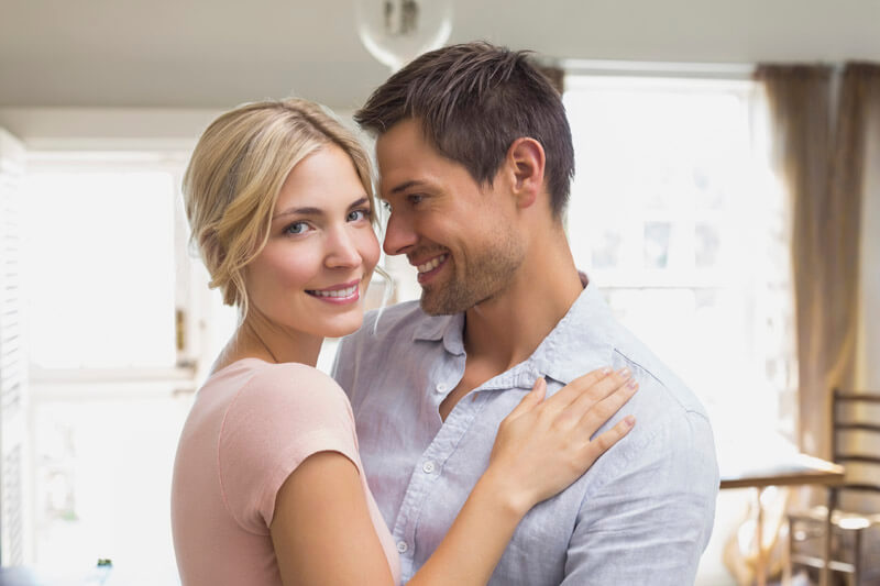 iconia-cubos-luxury-living-pareja